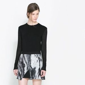 Zara marble asymmetric abstract zip mini skirt